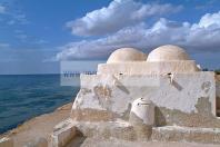 djerba;guellala;ile;jerba;architecture;musulmane;Mosquee;Mosqu�e;mausolee;coupole;islam;mer;