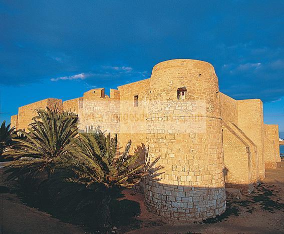 architecture;musulmane;borj;fort;rempart;ribat;djerba;houmt;souk;jerba;ile;