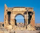 antiquite;architecture;antique;romain;Haidra;porte;arc;