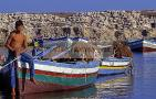 mahdia;architecture;musulmane;port;fatimide;barque;bateau;mer;pecheur;peche;