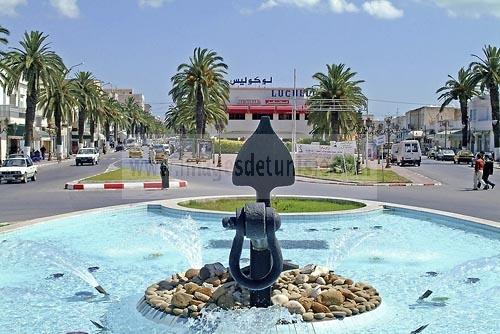 la goulette;fontaine;place;rue;avenue