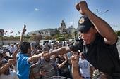 La police face au gouvernement