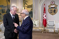 Visite de Ayrault à Tunis