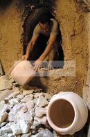 djerba;guellala;ile;jerba;art;artisan;artisanat;sechage;four;jarre;poterie;potier;tradition;