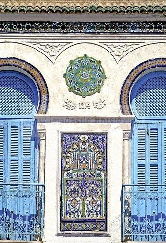 la goulette;architecture coloniale;arabisant;façade;immeuble