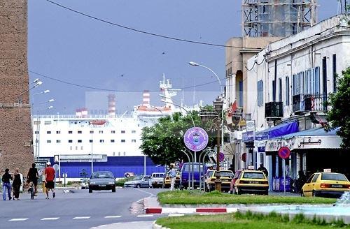 la goulette;avenue;bateau;port