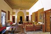 village;architecture-musulmane;maison;Palais;dar;Ennajma-Ezzarha;baron-derlanger;bit;salon;chambre;decoration;Sidi-Bou-Said