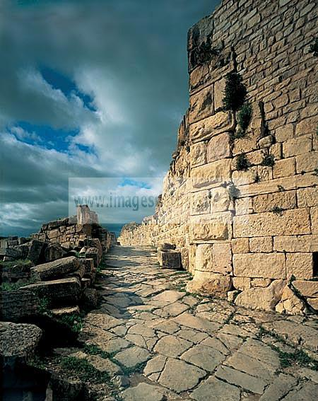 architecture;antique;antiquite;romain;dougga;rue;