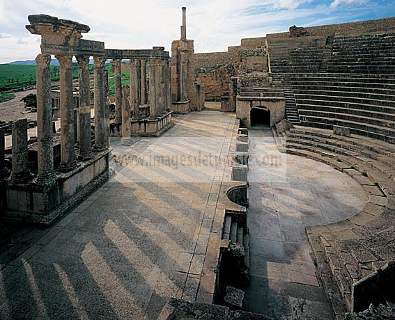 architecture;antique;antiquite;romain;dougga;theatre;