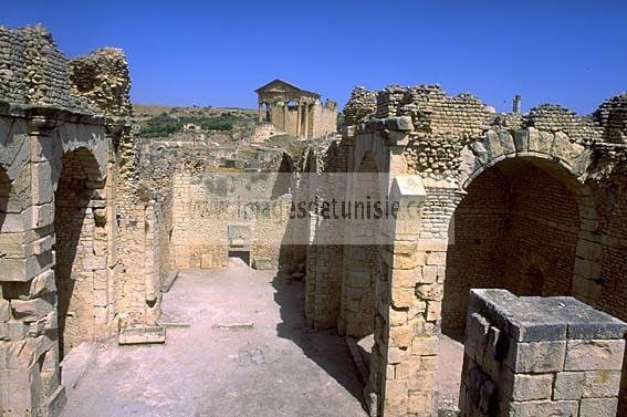 architecture;antique;antiquite;romain;dougga;thermes;frigidarium;