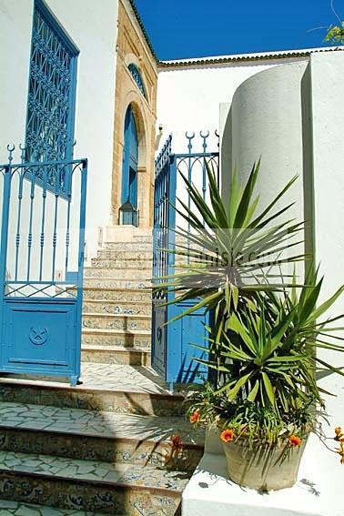 village;hotel;tradition;Sidi Bou Said